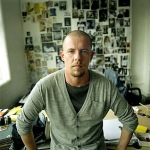 Mother's death may have caused Alexander McQueen's Suicide