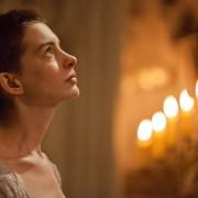 ¡Anne Hathaway se transforma para su nueva película, LES MISERABLES!